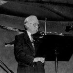 Père Rolland Brunelle au violon